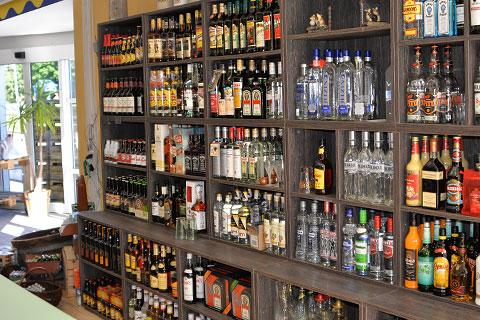Erweiterung des Wein- und Spirituosensortiment im Getränkemarkt